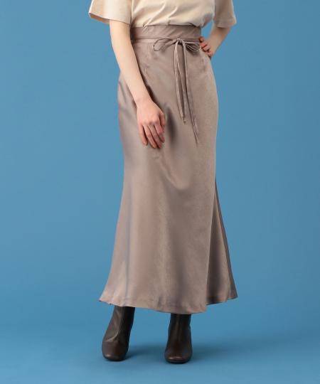 グロッシーサテンスカート