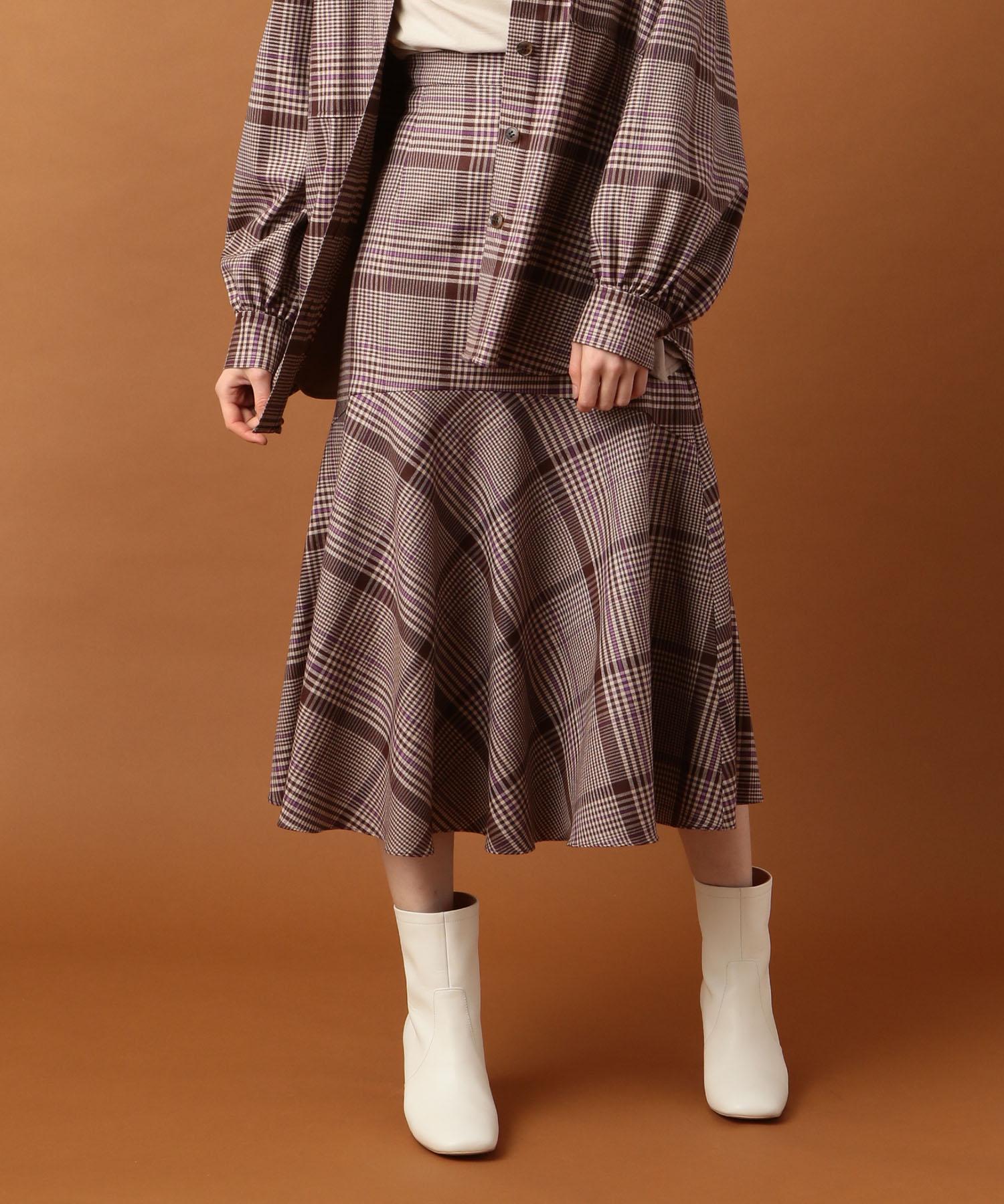 【Sweet 2019年10月号掲載】ヘムフレアミディスカート