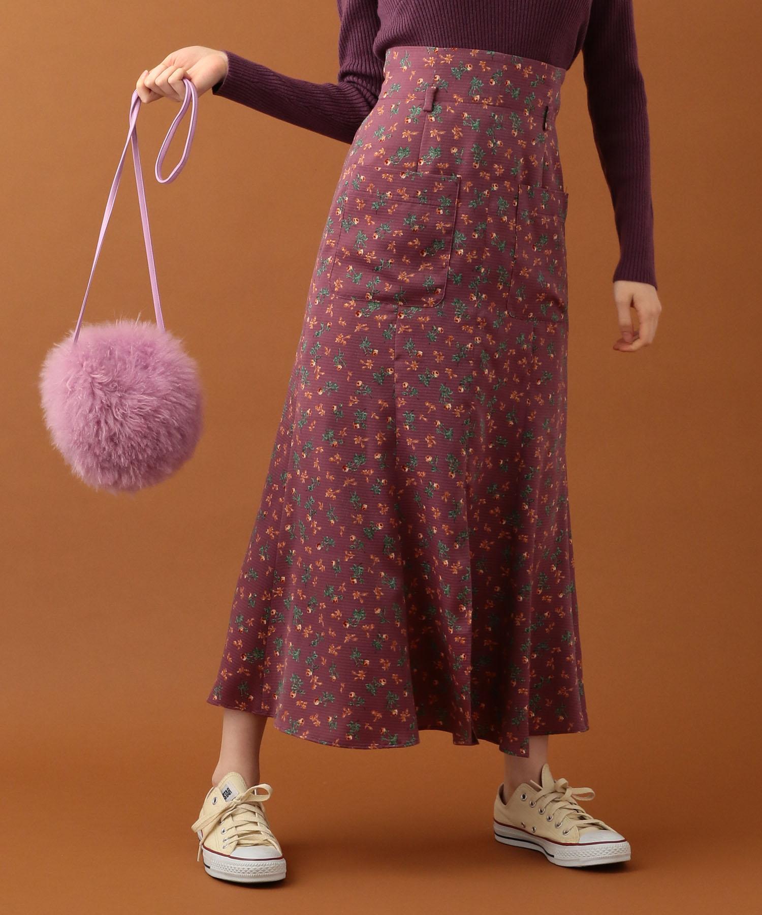 ブルーミングローズスカート