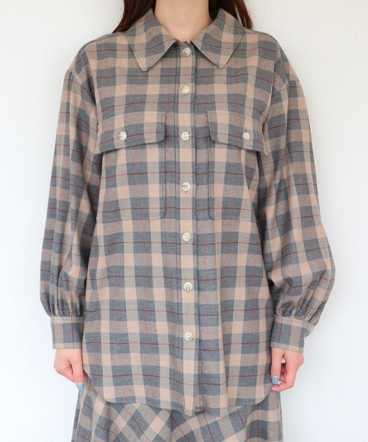 サキソニーオーバーシャツジャケット
