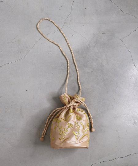刺繍巾着バッグ