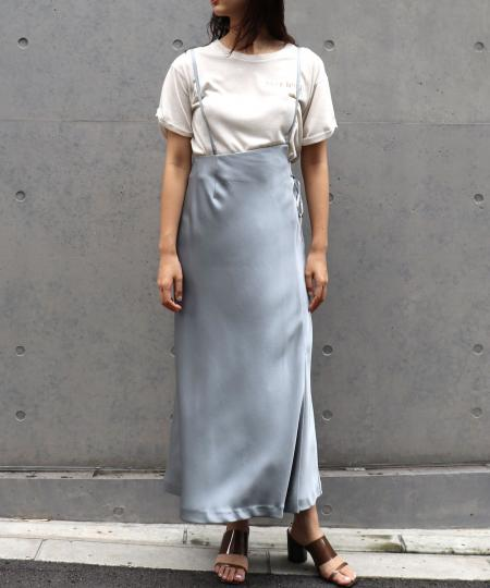 サスペンダーラップサテンスカート