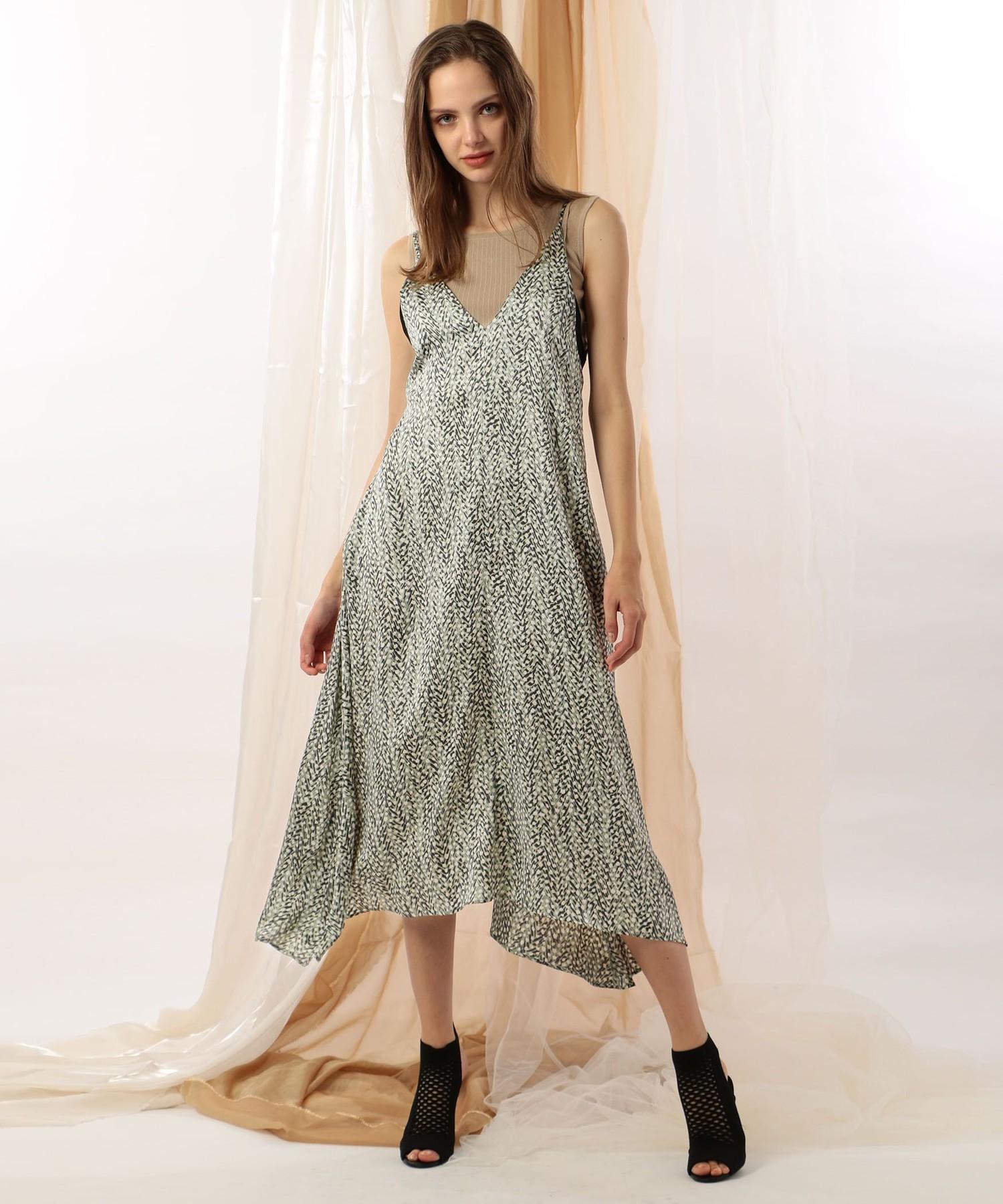 ヘリンボーンドットプリントキャミドレス